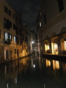 Venise, ses canaux de nuits