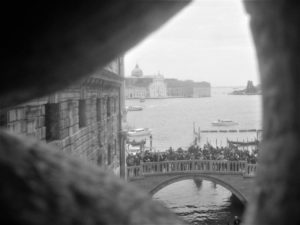 Venise, le pont des soupirs vu de l'intérieur