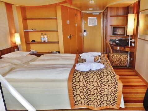 globe travel location cabine bateau voilier catamaran
