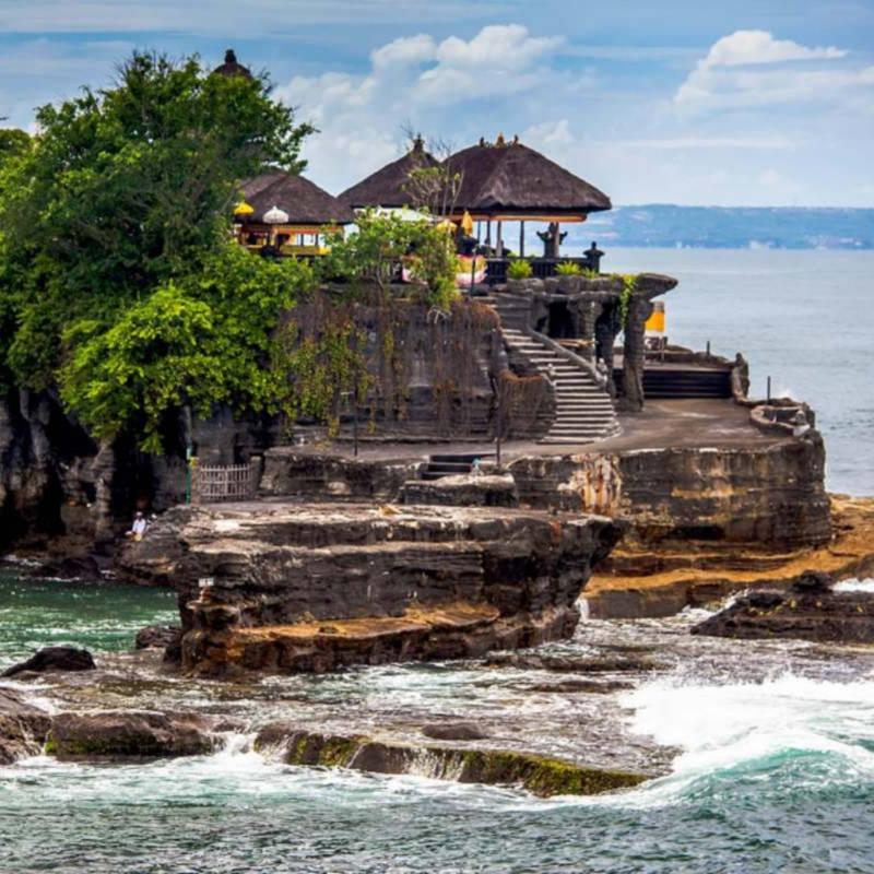 voyage-bali-indonesie-globe-travel-tanah-lot