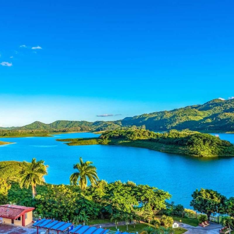 globe-travel-voyage-cuba-hanabanilla